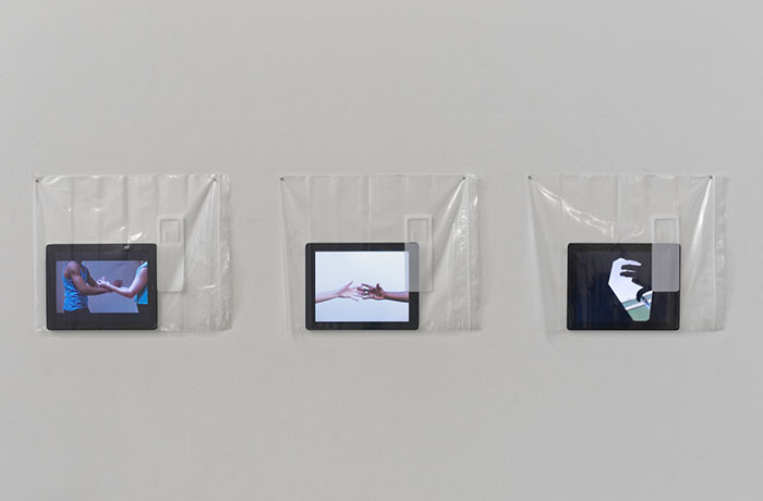 KWG Gerard & Kelly_Hand Catching Lead, 2015, v3